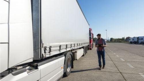 O que são cargas excedentes e como é feito seu transporte