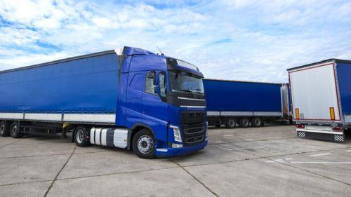 Transporte rodoviário: como transportar cargas com excesso de altura?